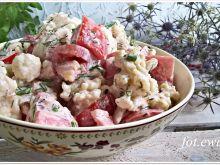 Sałatka z kalafiora i pomidora