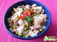 Sałatka z kalafiora, ryżu i groszku