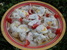 Sałatka z kalafiorem pod sosem czosnkowym