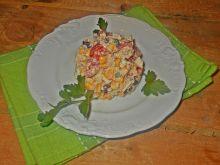 Sałatka z kaszą kuskus i jajkiem