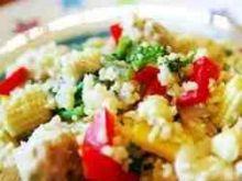 Salatka z kurczaka i kaszy couscous