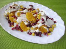 Sałatka z kurczakiem, granantem i mandarynkami