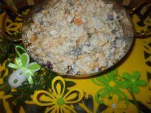 Sałatka z kurczakiem i brzoskwiniami