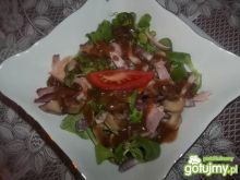 Sałatka z kurczakiem i pieczarką