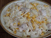 Sałatka z kurczakiem i selerem konserwowym