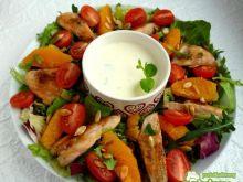 Sałatka z kurczakiem, pomarańczą i miętą