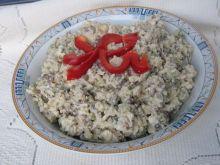 Sałatka z kurczakiem, ryżem i soczewicą