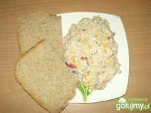 Sałatka z kuskusem i tuńczykiem 2