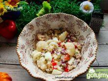 Sałatka z kuskusem kalafiorem i jajkiem