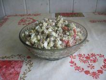 Sałatka z kuskusem, soczewicą i oliwkami