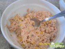 sałatka z łososiem