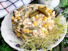 Sałatka z łososiem i fasolką szparagową w zalewie