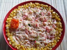 Salatka z makaronem ryzowym i surimi