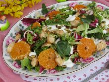 Sałatka z mandarynkami, kurczakiem i pestkami dyni