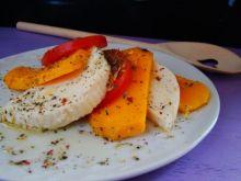 Sałatka z mango , pomidora i mozzarelli