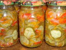 Sałatka z marchewki i ogórków