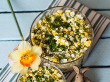 Sałatka z marynowanymi grzybami i jajkami
