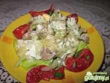 Sałatka z mięsem wołowym