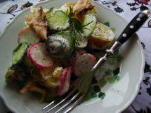 Sałatka z młodych ziemniaków i makreli