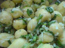 Sałatka z młodych ziemniaków na zimno