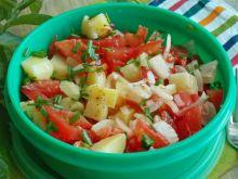 Sałatka z młodych ziemniaków z pomidorem