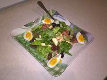 Sałatka z mozarellą i jajkiem w balsamicznym sosie