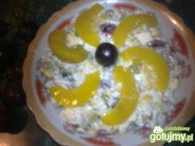 Sałatka z nutką winogrona