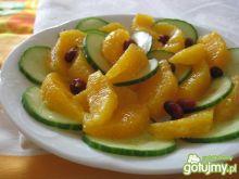 Sałatka z ogórka i pomarańczy