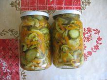 Sałatka z ogórków i marchewki - przetwory