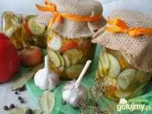 Sałatka z ogórków i papryki 6