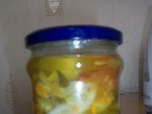 Salatka z ogorkow i pomidorow.