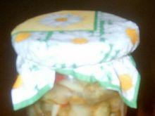 Sałatka z ogórków i selera