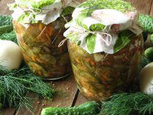 Sałatka z ogórków na zimę