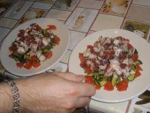 salatka z osmiornicy fioletowej