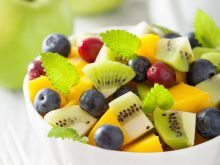 Jak zrobić sałatkę z owocami?