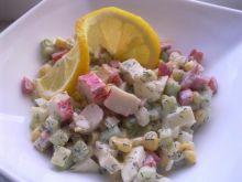 Salatka z paluszkami z karaba