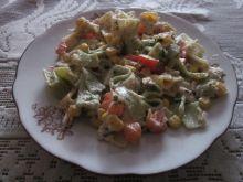 Sałatka z papryką i kukurydzą