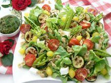 Sałatka z pesto i farfalline