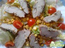 Sałatka z pieczoną polędwiczką
