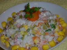 Sałatka z płatkami ryżowymi