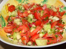 Sałatka z pomidorków