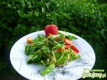 Sałatka z roszponki z truskawkami