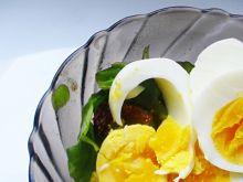 Sałatka z rukoli i jajka