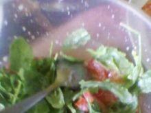Sałatka z rukoli i pomidora