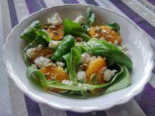 Sałatka z rukoli z mandarynkami i białym serem