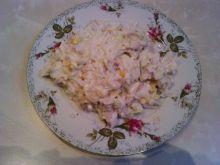 Sałatka z ryżem mięsna