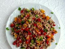 Sałatka z ryżem,tuńczykiem i papryka