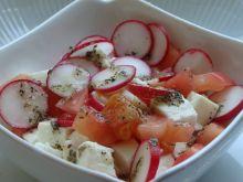 Sałatka z rzodkiewką i pomidorem