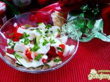 sałatka z rzodkwi i innych warzyw