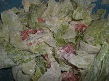 Sałatka z sałaty lodowej